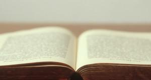 Interpretacja wiersza: Jak napisać interpretację wiersza (analizować wiersze)?