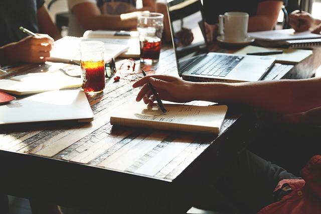 Jak napisać agendę?