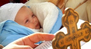 Życzenia na chrzest: Jak napisać życzenia na chrzest?