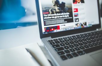 Raport: polski internet to pole bitwy politycznych botów
