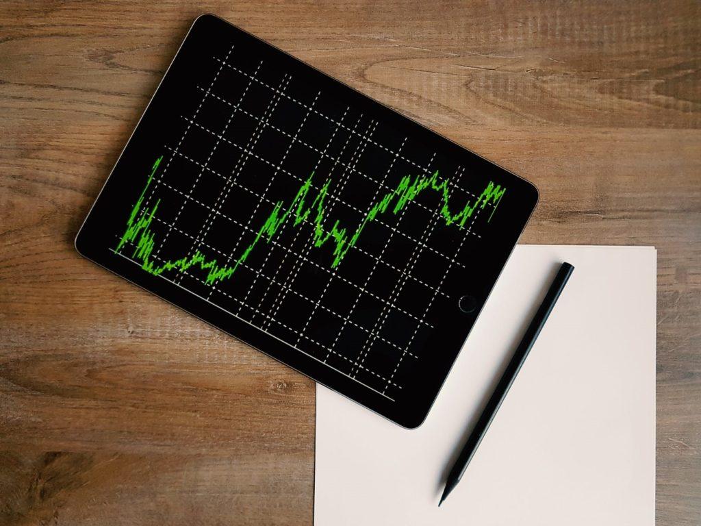 Jak postawić pierwsze kroki na rynku inwestycyjnym?
